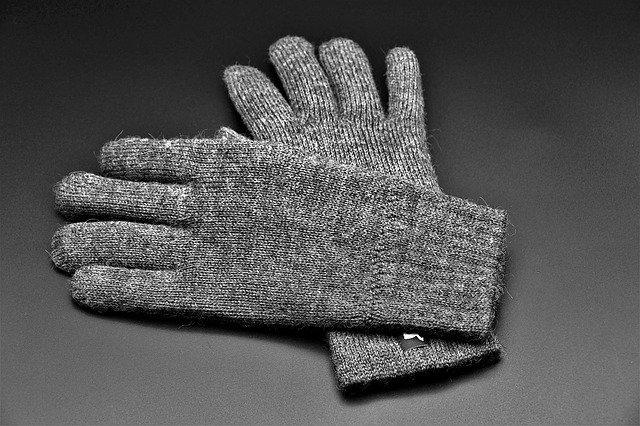 Sivé zimné rukavice