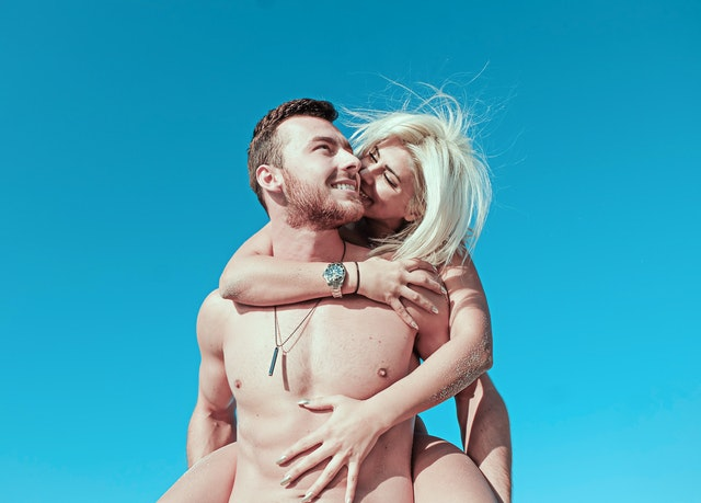 spokojní muž a žena